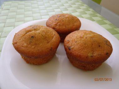 Čokoládovo-třešňové muffiny