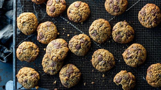 Sušenky s čokoládovými peckami