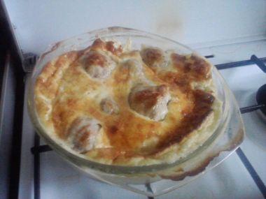 Kuřecí paličky zapečené se smetanou a sýrem