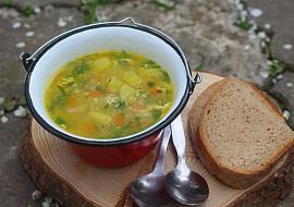Polévka s pohankou a kopřivami recept