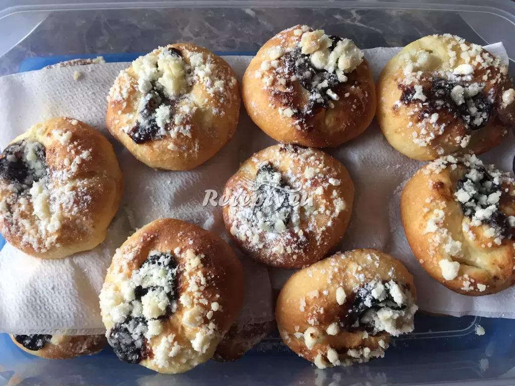 Kynuté koláčky s tvarohem recept  moučníky