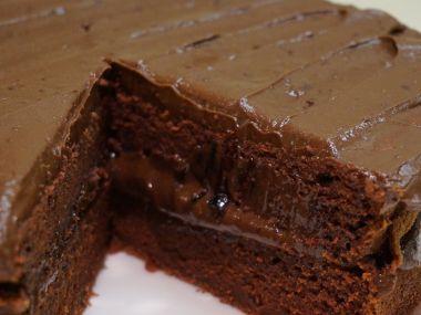 Čokoládový dort s krémem