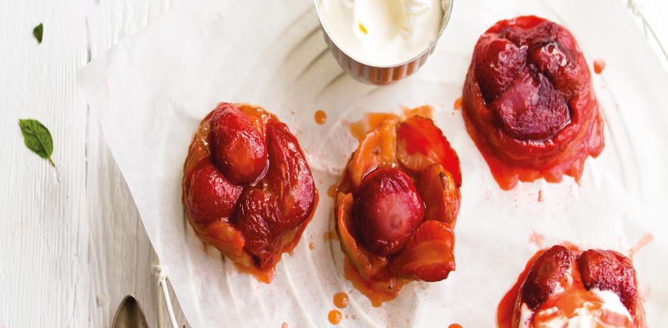 Obrácené jahodové koláčky