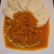 Segedínský guláš ze sójového masa recept