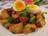 Teplý bramborový salát s polníčkem recept