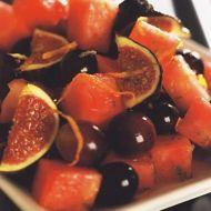 Salát s čerstvými fíky recept