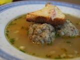 Polévka s houbovými knedlíčky recept