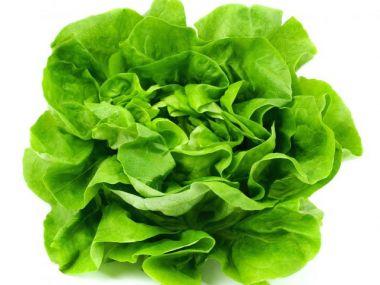 Špenát z hlávkového salátu