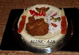 Slaný dort  řízek a salát recept