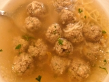 Polévka z kostí s játrovo-sójovými knedlíčky recept