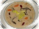 Bílá zelňačka s houbami a fazolemi recept