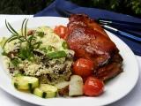 Králík na rozmarýnu s houbovým kuskusem a zeleninou recept ...