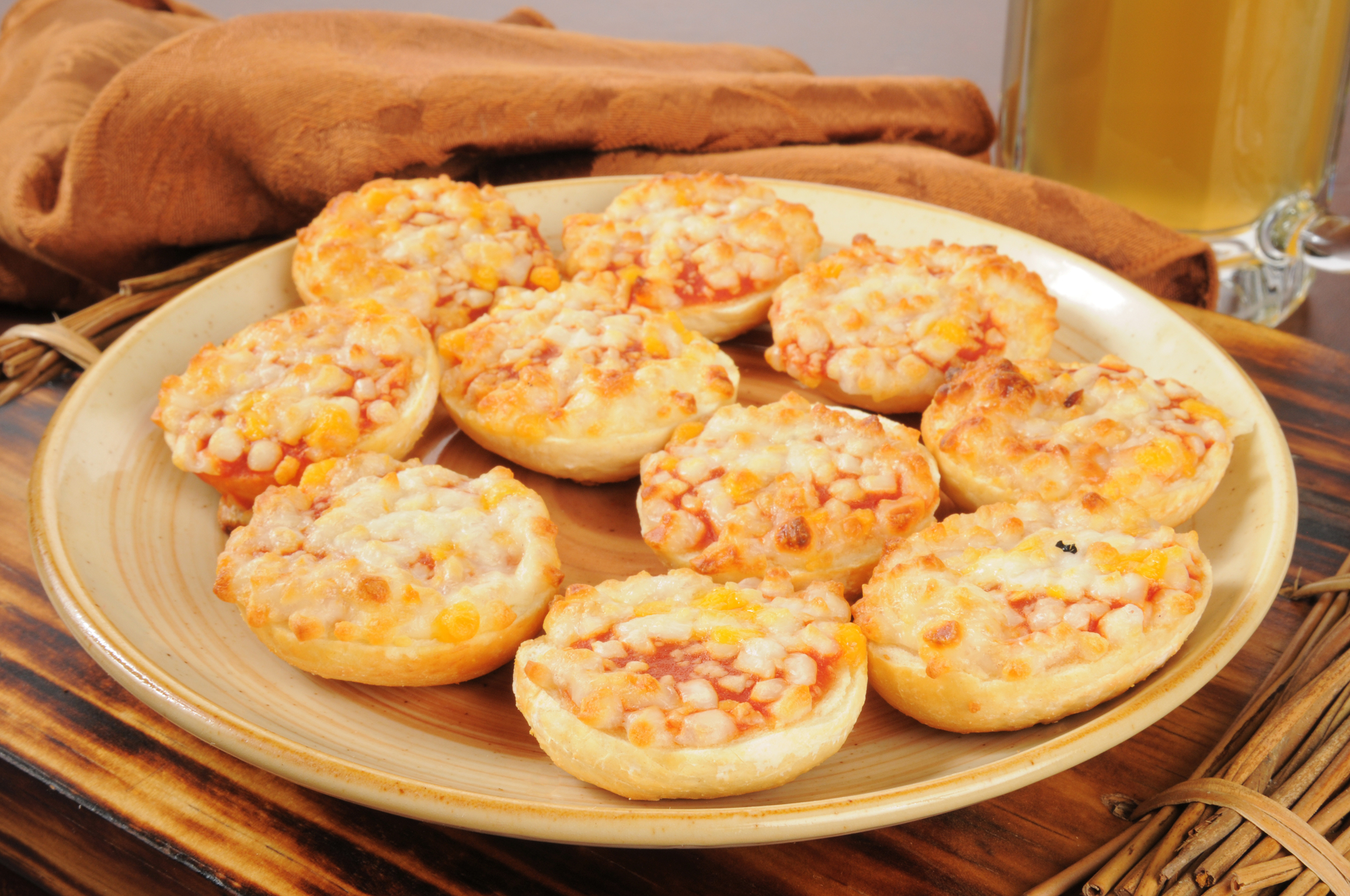 Mini pizza se sýrem recept