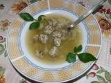 Polévka s drožďovo-klouzkovými nočky recept