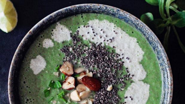 Brokolicová detox polévka