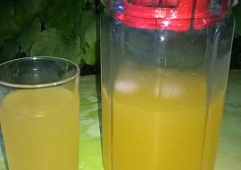 Domácí pomerančová limonáda pro osvěžení recept
