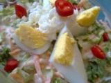 Kadeřavý salát s mozzarellou, jogurty, mrkví a vejci recept ...