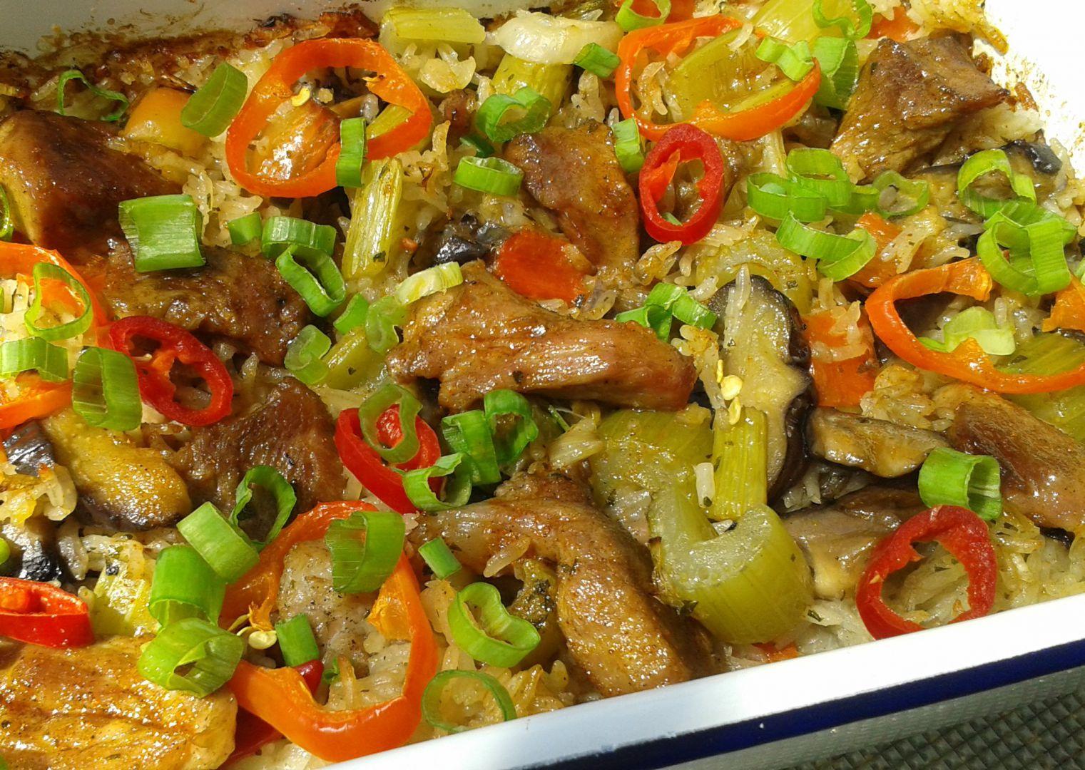 Vepřové s rýží z jednoho pekáčku recept