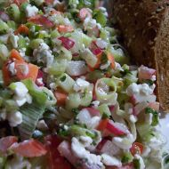 Pestrý salát s cottage recept