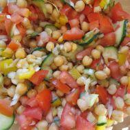Zeleninový salát s cizrnou recept