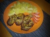 Pečená krkovička pod alobalem s cibulí a hořčicí recept ...