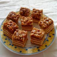 Ořechový koláč s máslovým krémem recept