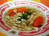 Polévka z vepřových kostí s haluškami recept