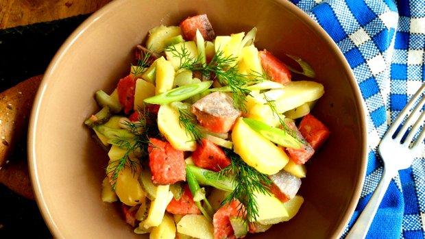 S Klárou v kuchyni: Bramborový salát s matjesy a jablkem | Prima ...