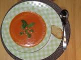 Rychlá rajská polévka se sýrovými krutony recept