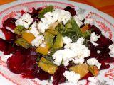 Salát z červené řepy s paprikou a ovčím sýrem recept
