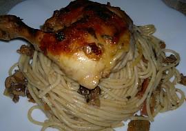 Kuřecí stehna se špagetami Stenly recept