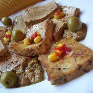 Bylinkové tofu v olivové marinádě recept