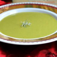 Hrášková polévka s česnekem recept