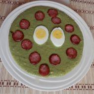 Hrášková kaše s klobáskou a vejcem recept