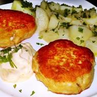 Smažený uzený sýr s novými brambory recept