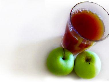 Limonáda s jablečným moštem