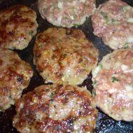 Kjufteta  bulharské karbanátky recept