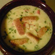 Polévka z krabích tyčinek recept