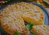 Drobenkový koláč s meruňkami recept