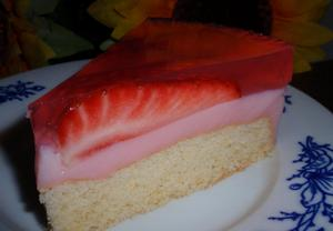 Jahodový dort s želatinou