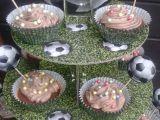 Čokoládové cucpcakes pro fotbalistu recept