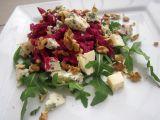 Salát z červené řepy s Nivou a ořechy recept