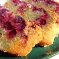 Polentový koláč s rybízem recept