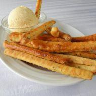 Pikantní tyčinky s chia semínky a sýrovou pomazánkou recept ...