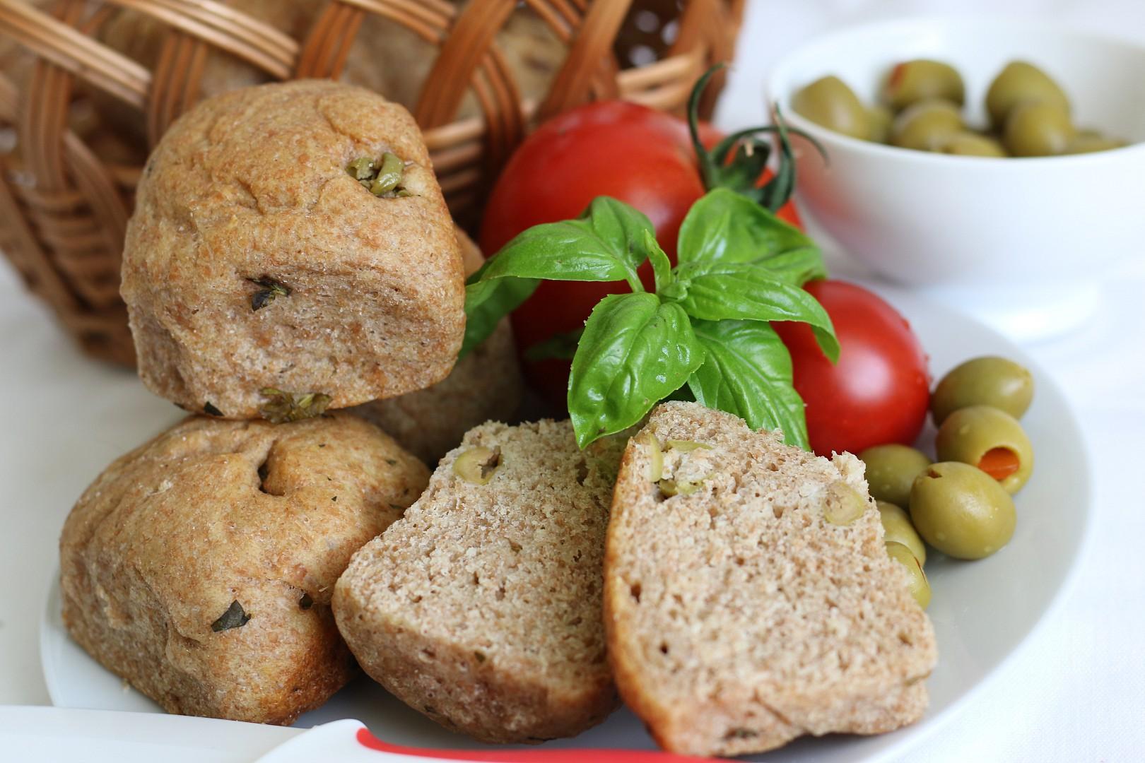 Bulky s olivami recept