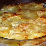 Zapečené brambory s kuřecím masem a smetanou recept