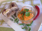 Kuřecí závitky plněné sýrem a šunkou, obalované v oříšcích recept ...