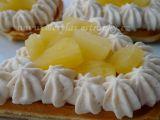 Vafle s ananasem a kávovou šlehačkou recept