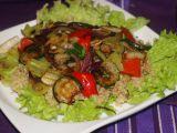 Quinoa s pečenou zeleninou a pikantní zálivkou recept ...