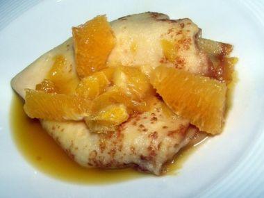 Pohankové palačinky s masem a pomerančem